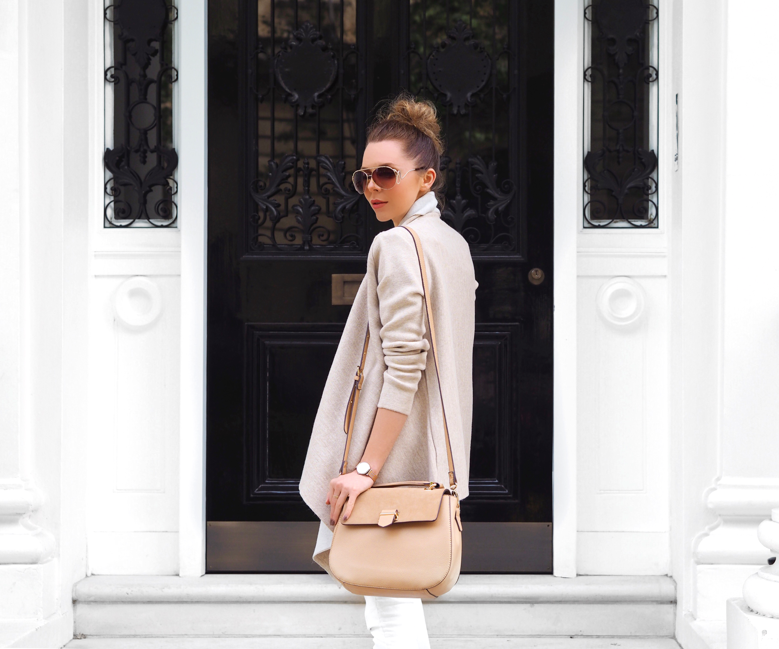 SUMMER STYLE WEARING WHITE OOTD LAURA BLAIR STREET STYLE LONDON FASHION GIRL
