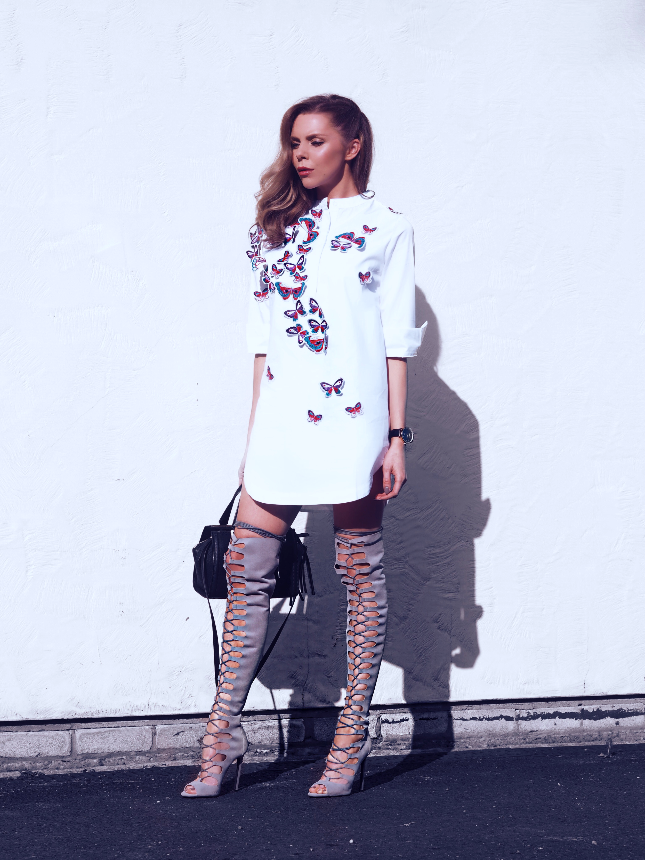SHIRT DRESS HOW TO STYLE SHIRTS OVER THE KNEE BOOTS LAURA BLAIR LONDON FASHION GIRL