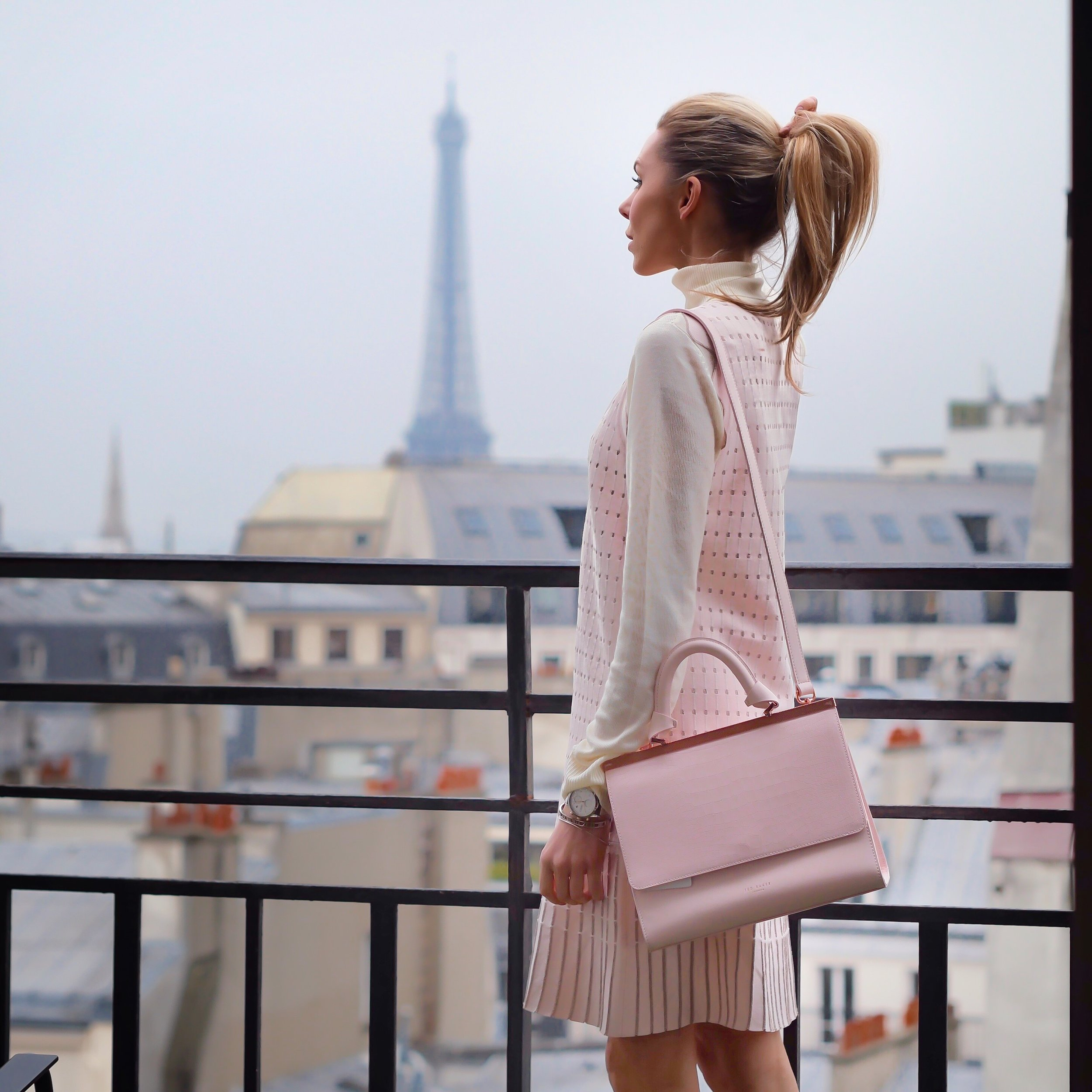 paris, travel, haul, affordable fashion, streetstyle, inspiration, what to wear, fashion, lookbook, style, fashion blogger, laura blair, youtuber, london fashion girl, HOTEL HÔTEL ETOILE SAINT HONORÉ, happy culture, ted baker