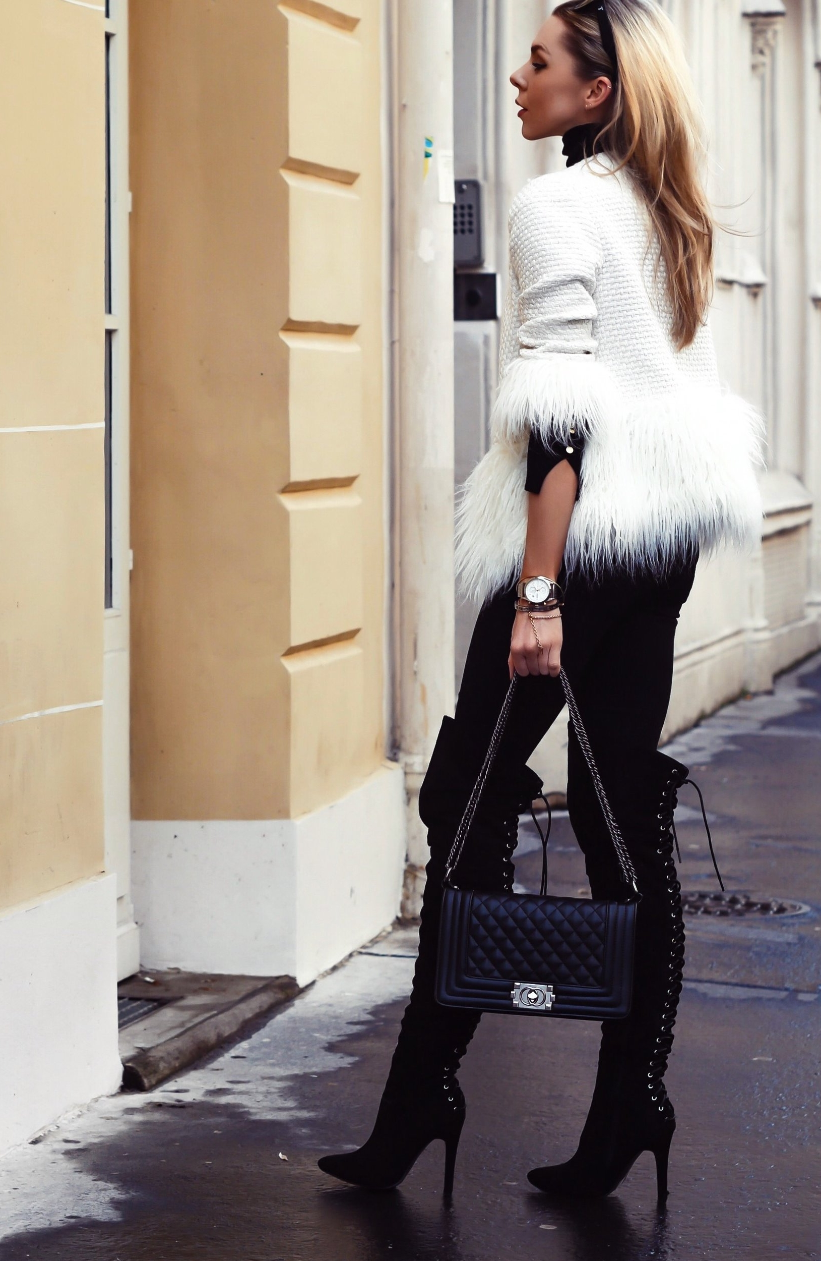 paris, travel, haul, affordable fashion, streetstyle, inspiration, what to wear, fashion, lookbook, style, fashion blogger, laura blair, youtuber, london fashion girl, hotel theatre, happy culture