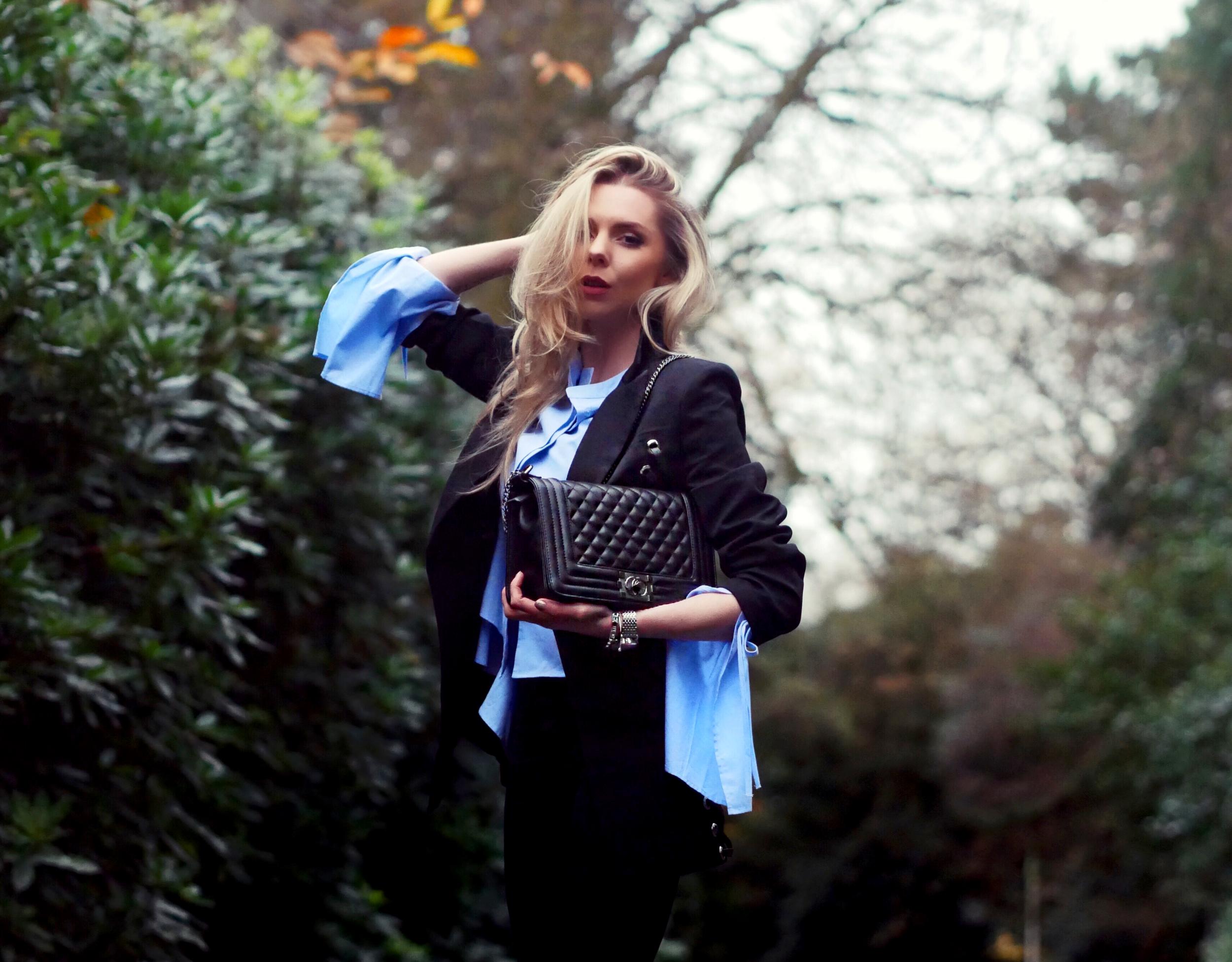 BLAZER, SMART DRESSING, WHAT TO WEAR TO WORK, OFFICE WEAR, LAURA BLAIR, LONDON FASHION GIRL, LAURA BLAIR