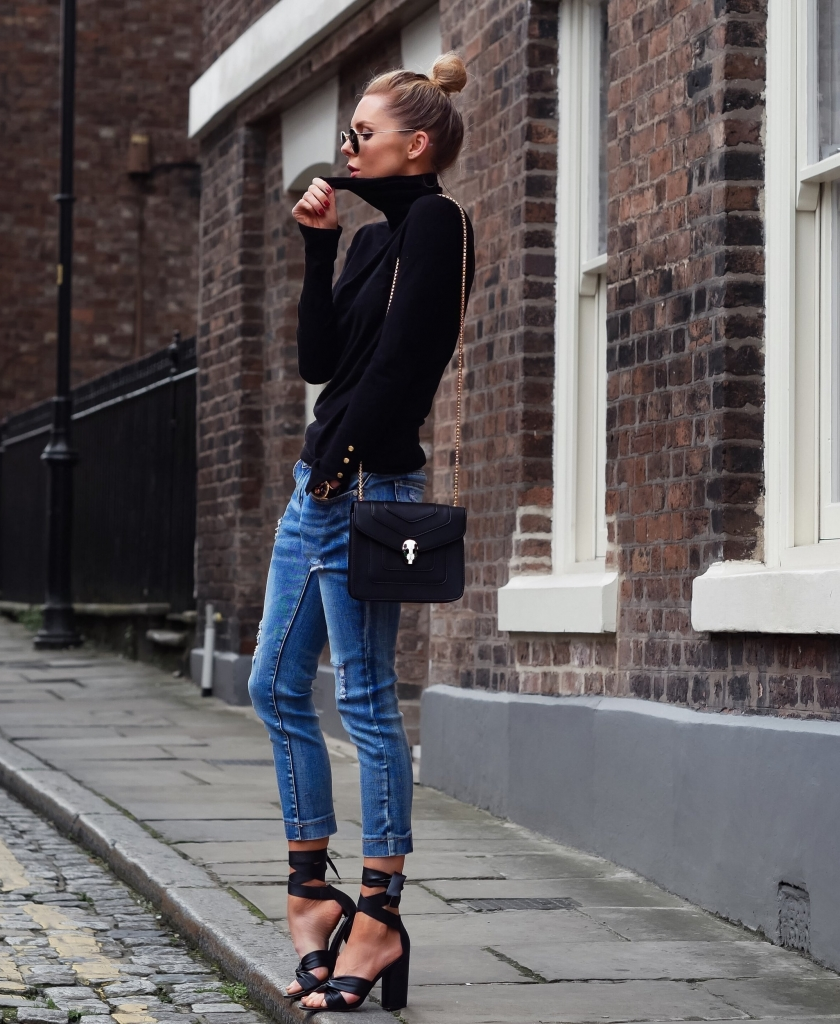 A WEEK IN DENIM