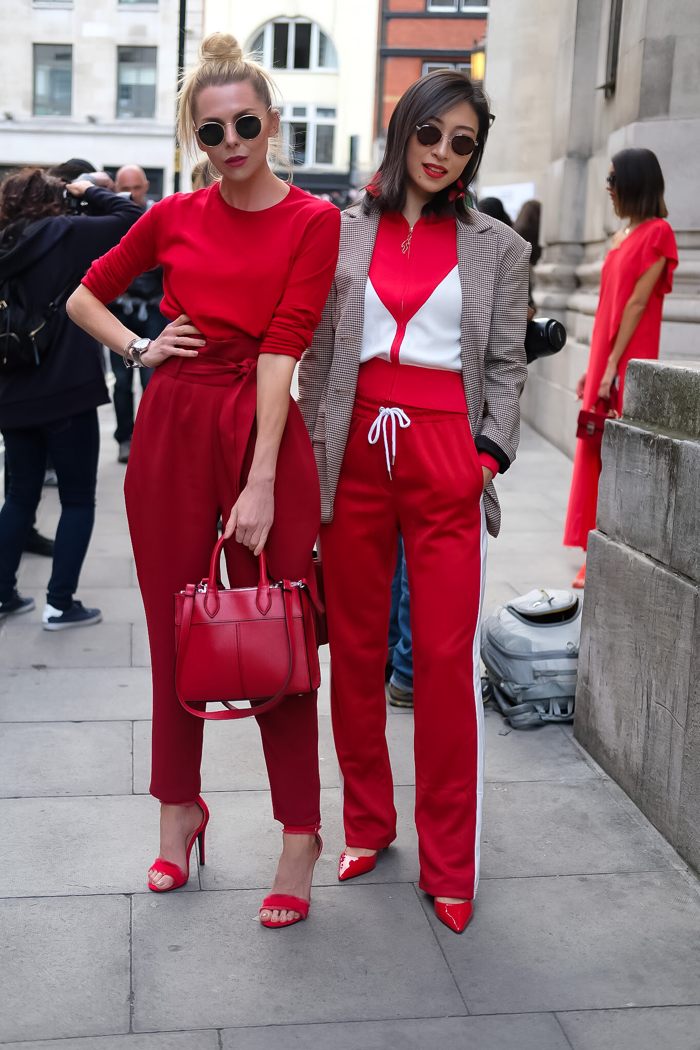 london fashion week, AW17, LFW 17. haul, affordable fashion, streetstyle, inspiration, what to wear, fashion, lookbook, style, fashion blogger, laura blair, youtuber, london fashion girl,