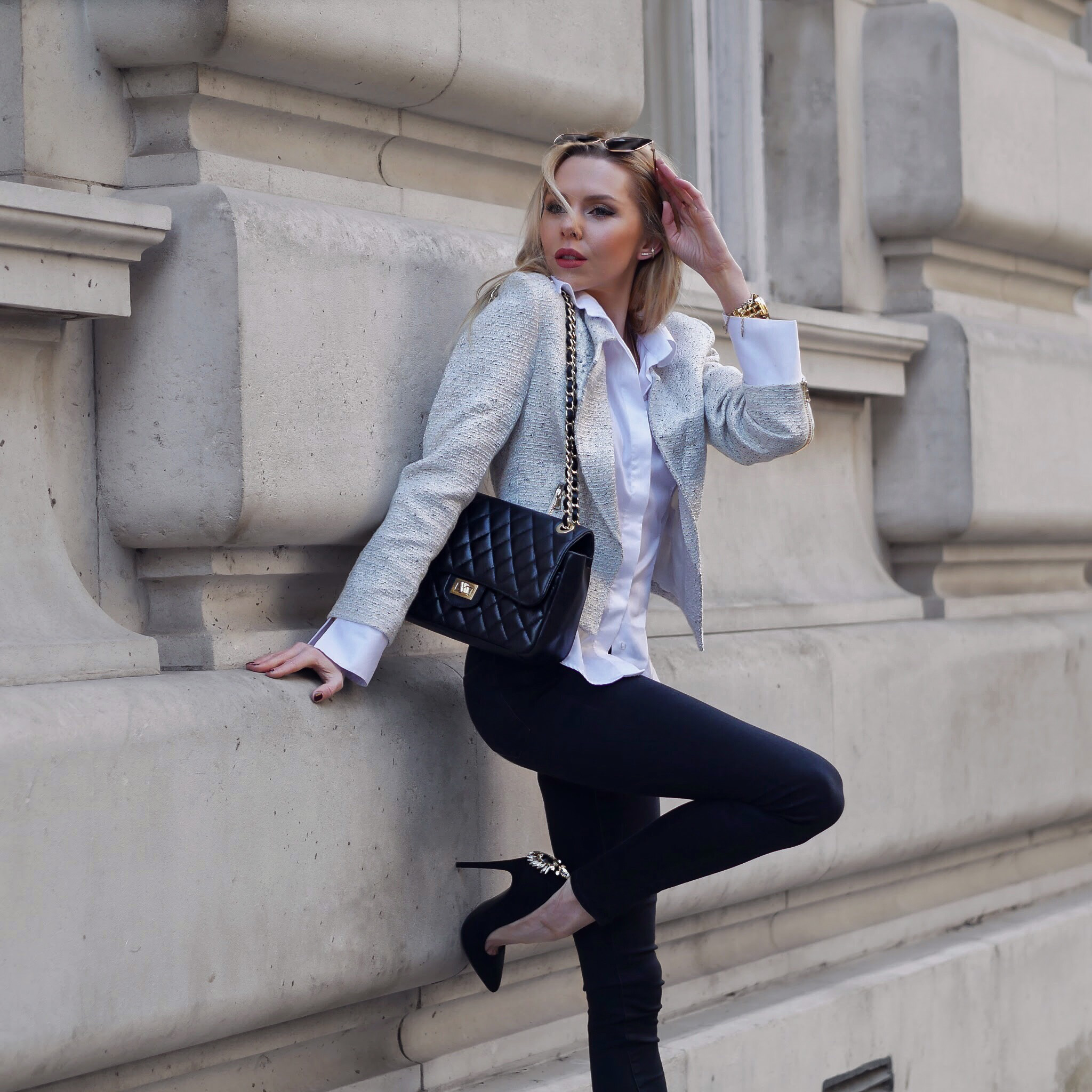 Laura Blair, London Fashion Girl, UK blogger, London Blogger, fashion blogger uk, street style, blazer, tweed blazer, charlotte london, naracamicie, womens shirts