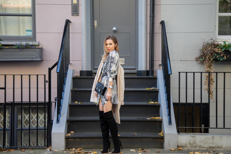 snake print, zara, autumn fashion, how to wear snake print, coats, winter boots, fashion, london fashion girl, british blogger, uk blogger, laura blair