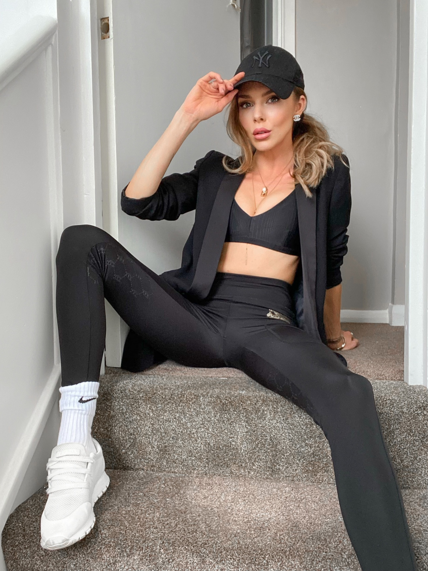 laura blair, fashion blogger uk, sport luxe
