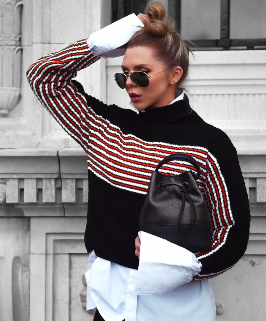 STATEMENT STRIPES