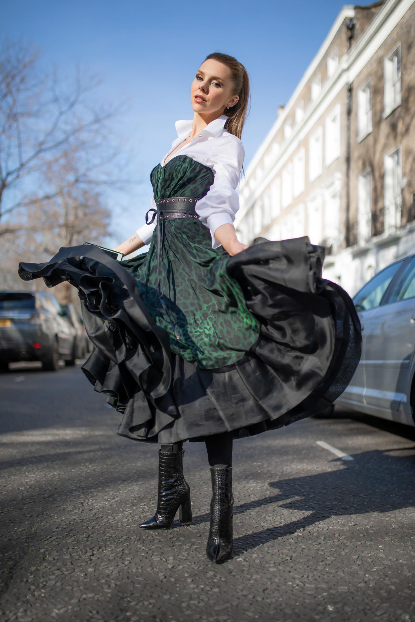 london fashion week, lfw, london fashion week street style, fashion, aw19, dolce & gabbana, prada , designer exchange, we buy designer