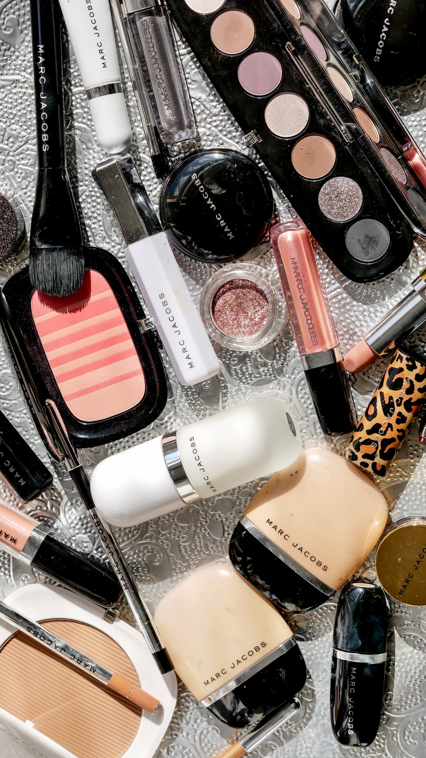 marc jacobs beauty, marc jacobs, makeup, cat eye , harvey nichols, marc jacobs mascara, marc jacobs foundation, marc jacobs